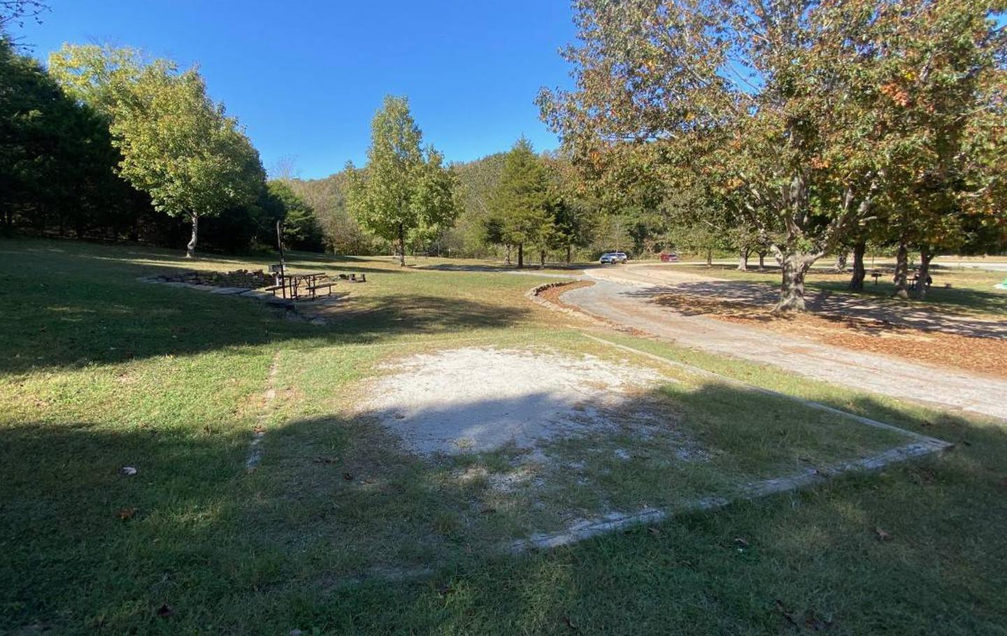Tyler Bend Main Loop Site# 22-6Site #22 is a pull-through site that is 105', tent pad 15' x 15'