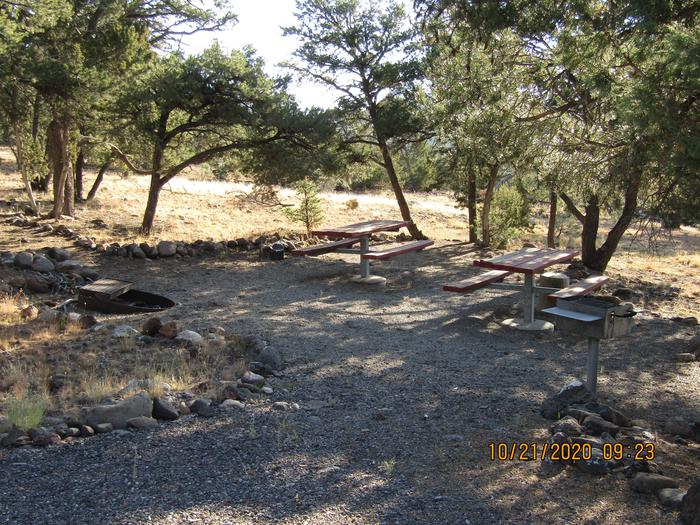 Group picnic areas, fire pits, and grills.Different size picnic areas.