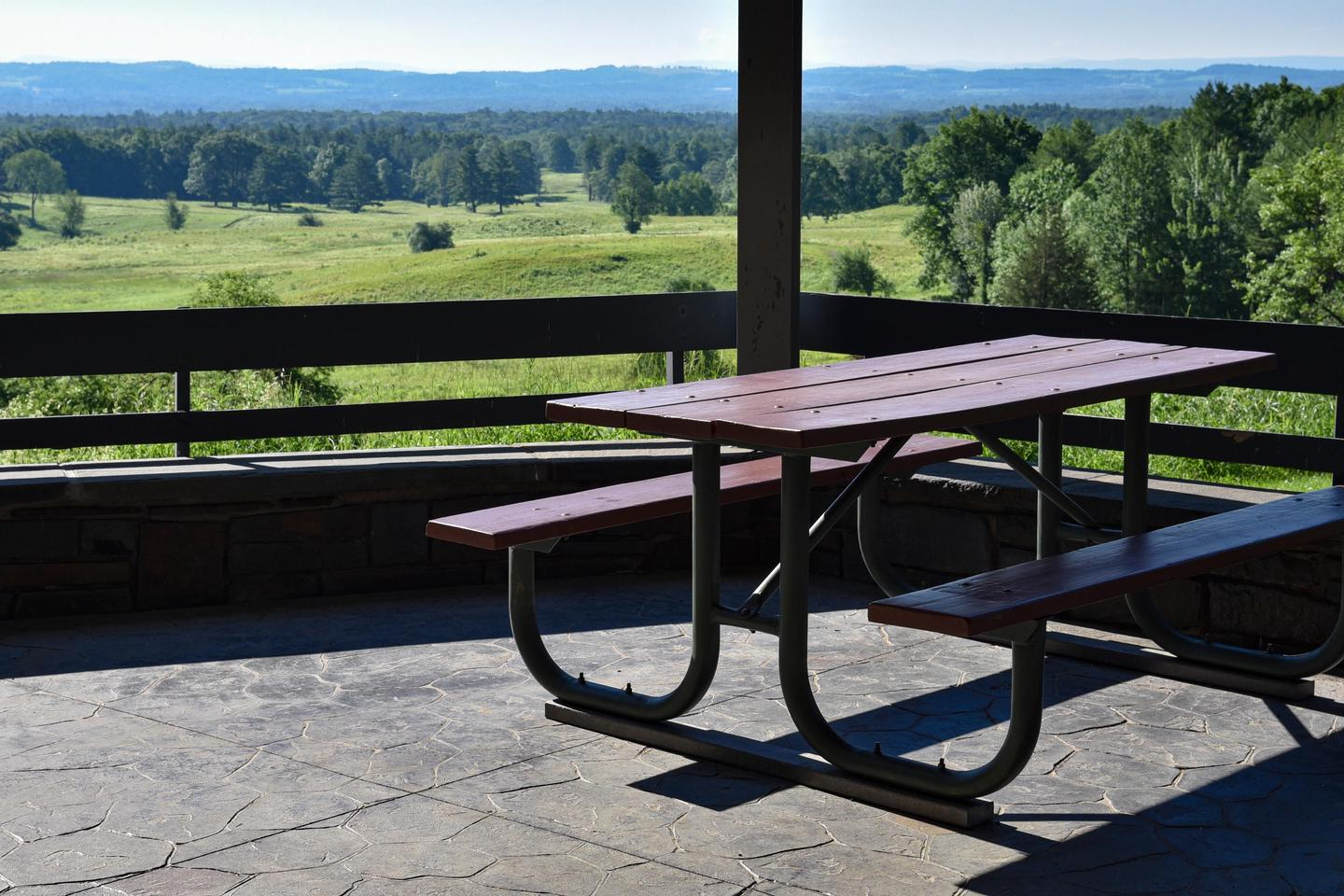 Picnic Table at the Visitor CenterPicnic tables with a view are available behind the visitor center