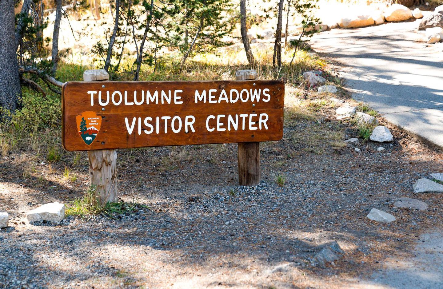 Tuolumne Meadows Visitor Center SignTuolumne Meadows Visitor Center sign