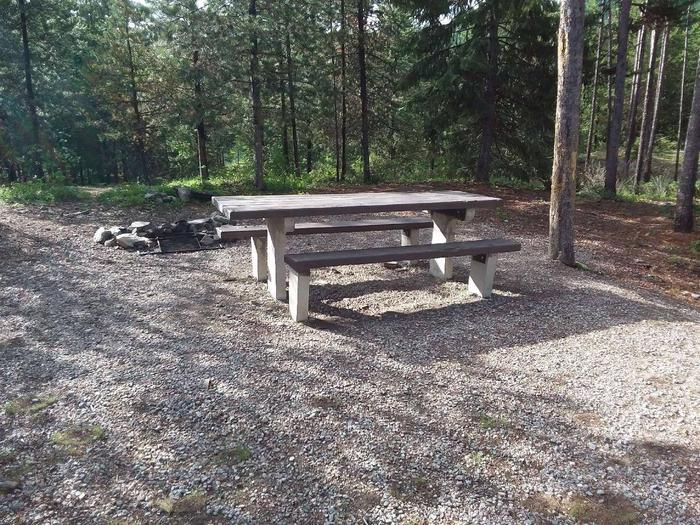 McGregor Lake Site 8-table