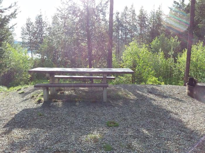 McGregor Lake Site 3-picnic table