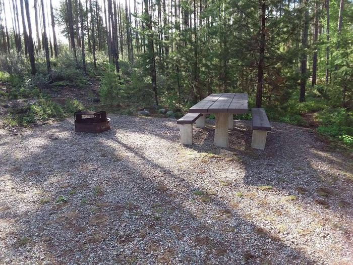 McGregor Lake Site 14-table