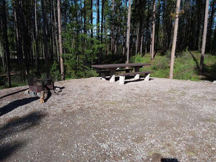 McGregor Lake Site 17-table