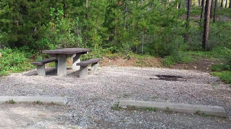 McGregor Lake Site 21-table