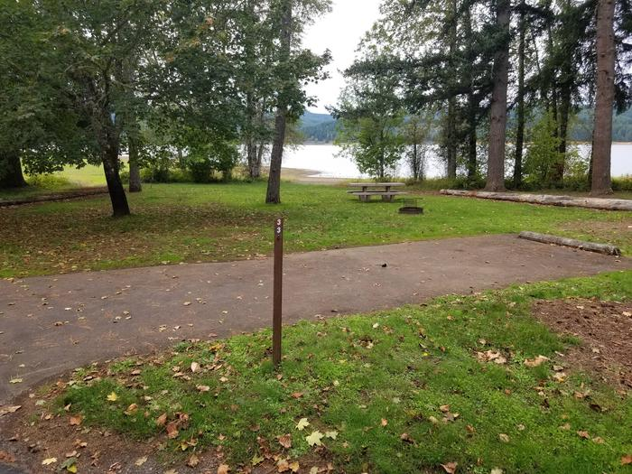 Preview photo of Pine Meadows Campground