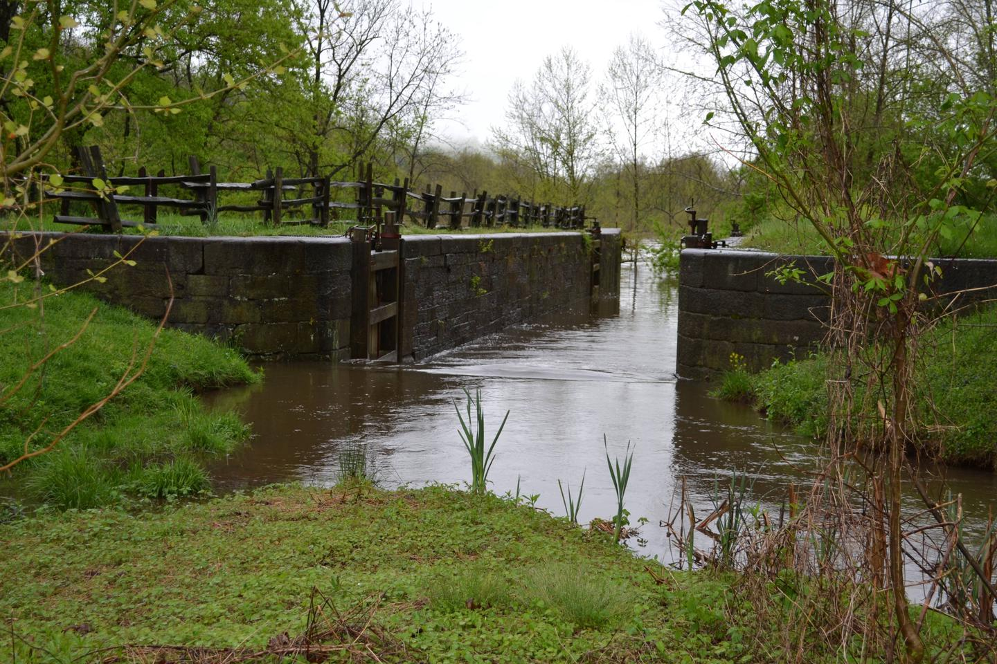 Battery Creek Lock.The Battery Creek Lock constructed in the 1800s as part of the James River and Kanawha Canal.