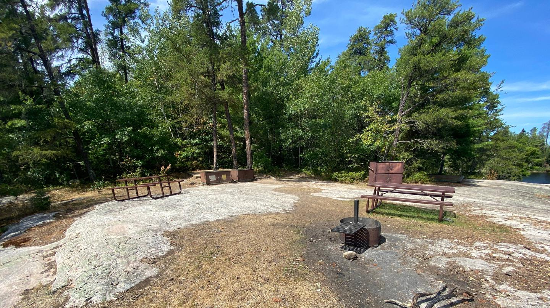 R5 - Big Island 3View of campsite core area