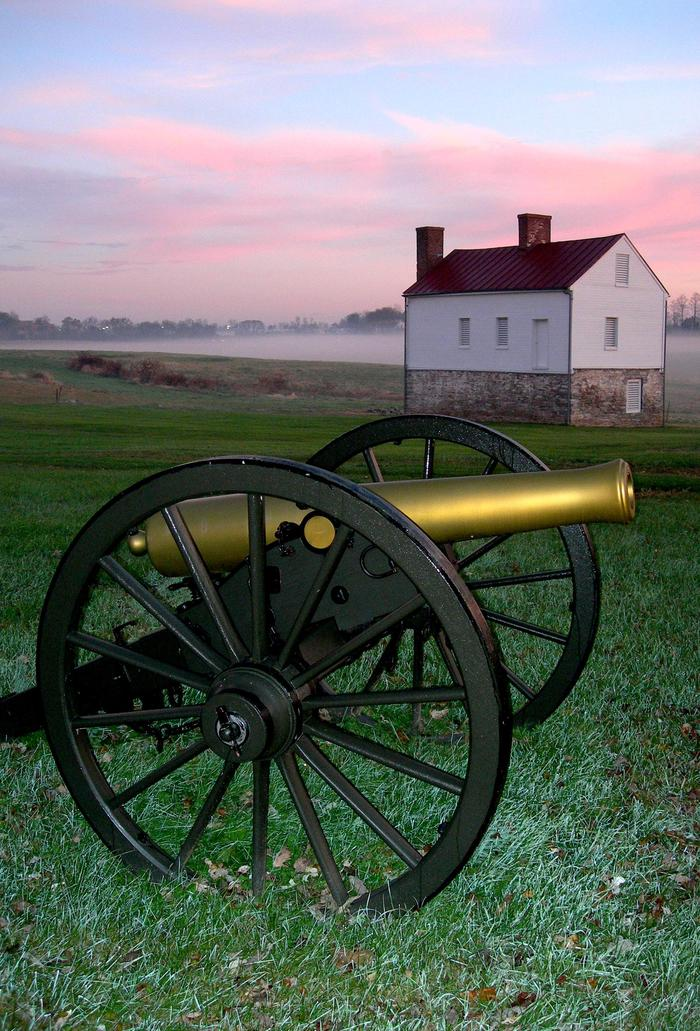 Cannon at the Best FarmConfederate artillery used the fields of the Best Farm to stage their attack on Union forces across the river.