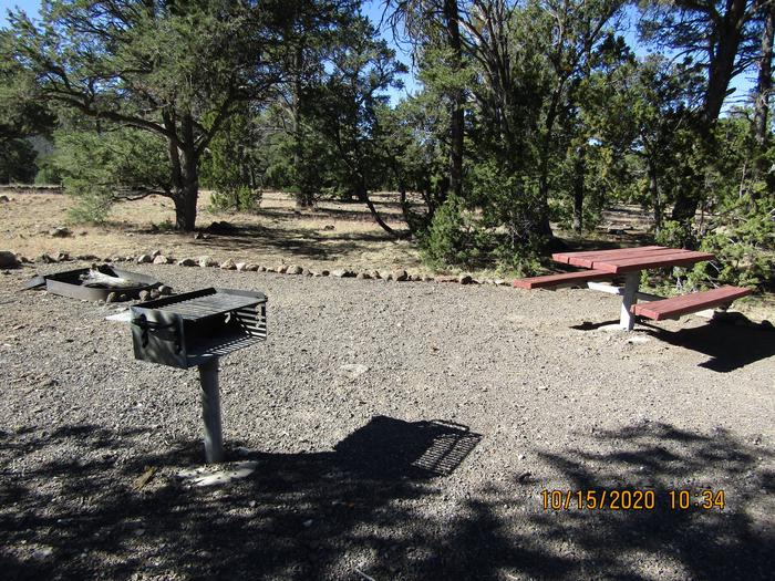 Grill, table, fire pitOnsite grill, table, firepit
