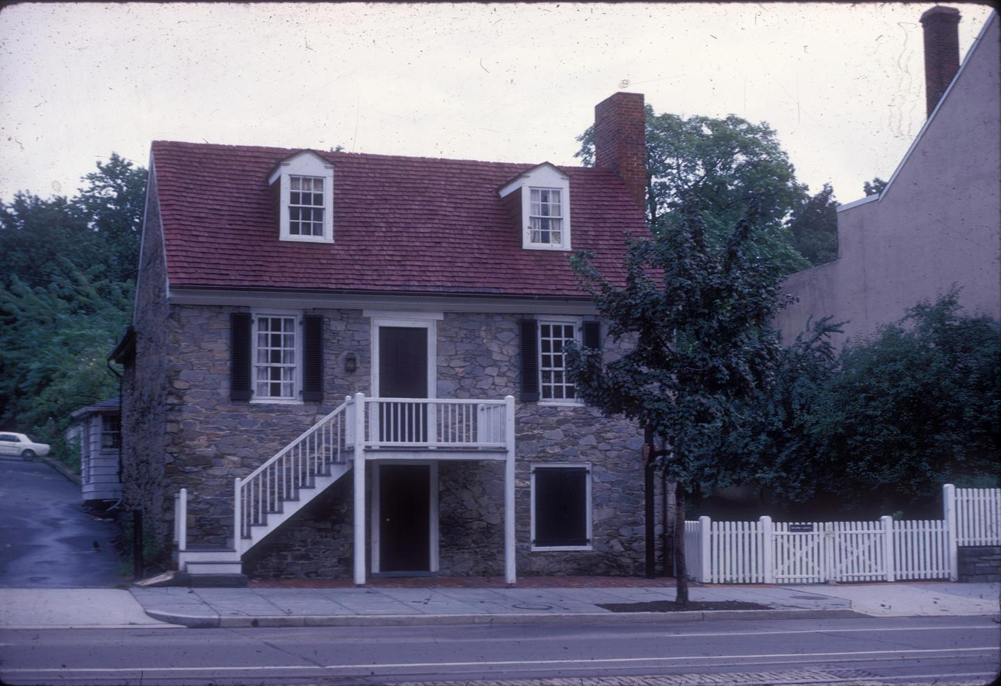 Old Stone HouseThe Old Stone House is the Oldest original home in the District of Columbia