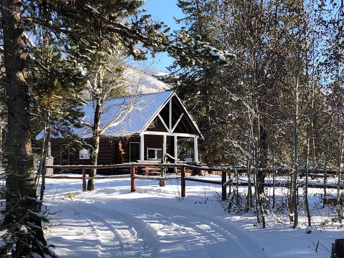 Stolle Meadows Cabin Winter Stolle Meadows Cabin winter access