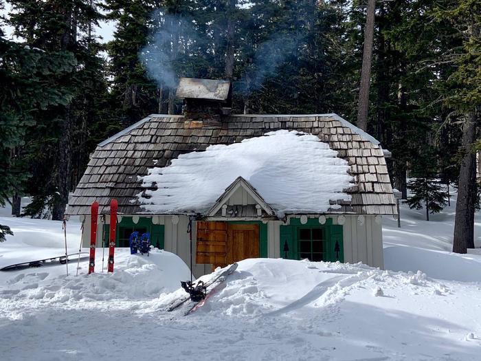 Tilly Jane Guard Station Winter accessFront entrance ski in ski out