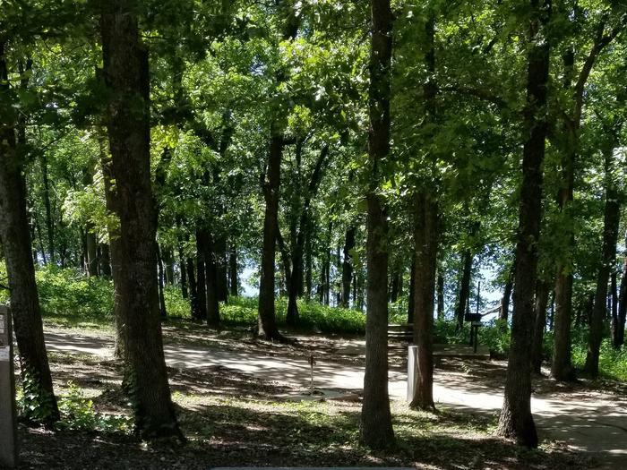 Mound Valley Site #52 30 amp & water