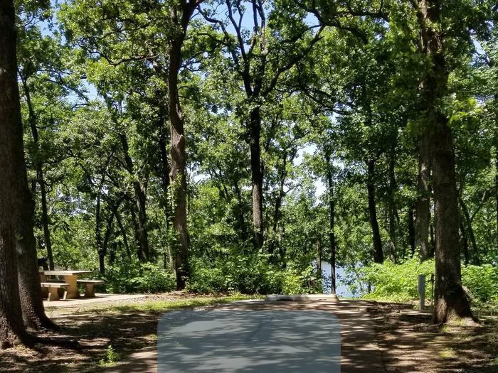 Mound Valley Site #53  30 amp & water