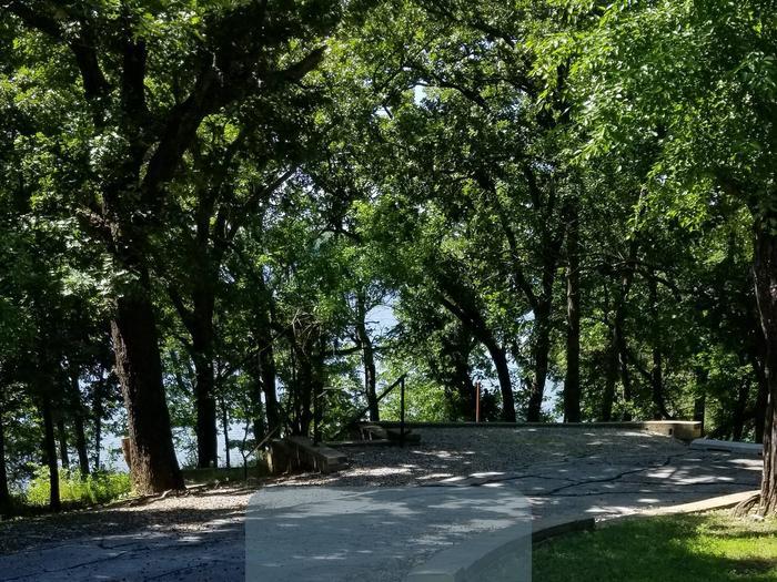 Mound Valley Site # 80  30 amp & water