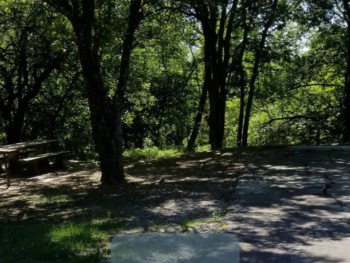 Mound Valley Site #81  30 amp & water