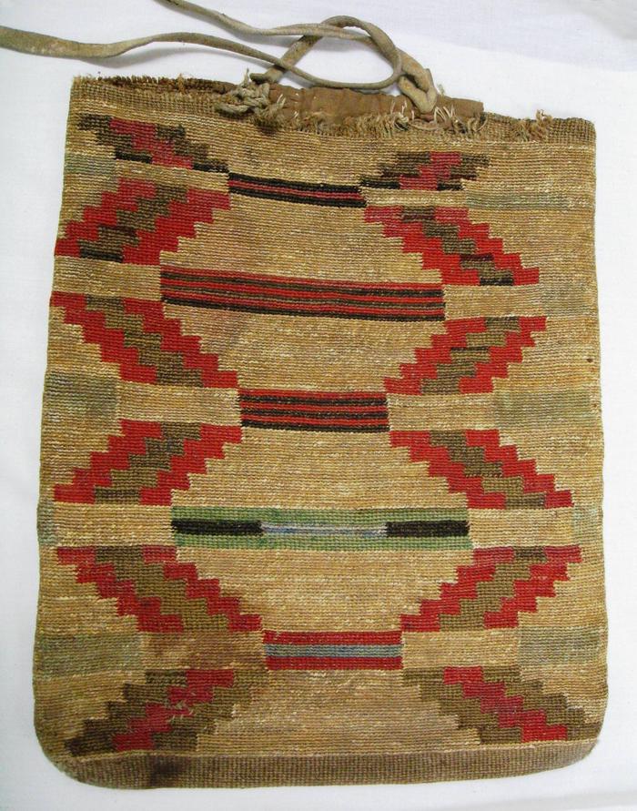Cayuse Woven Cornhusk BagTraditional Cayuse Cornhusk Bag