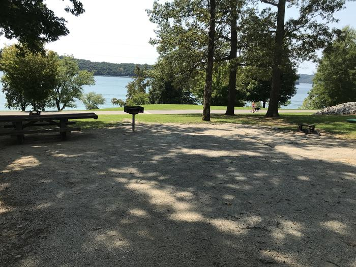 WILLOW GROVE CAMPGROUND SITE #59 LAKE VIEW WITH GRAVEL TENT PAD IN FOREGROUNDWILLOW GROVE CAMPGROUND SITE #59