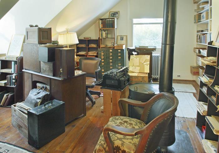 Carl Sandburg's StudyA view of Sandburg's study as visitors see it today