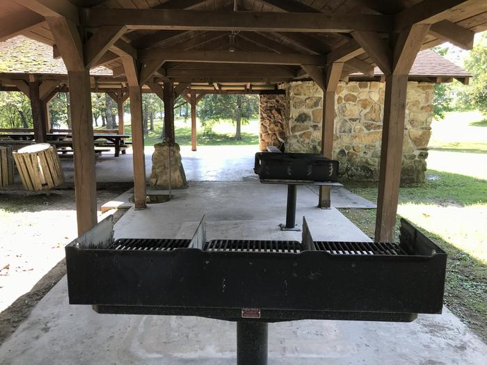 WILLOW GROVE PICNIC SHELTER DOUBLE GRILLSWILLOW GROVE PICNIC SHELTER