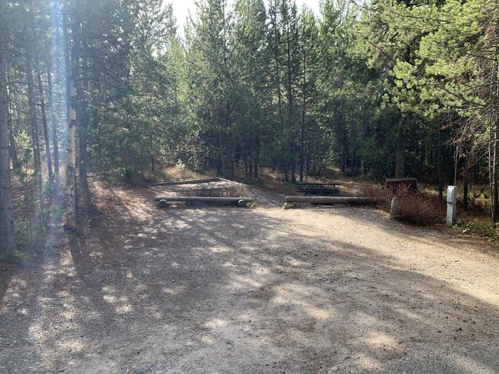 Campsite #27Parking Pad