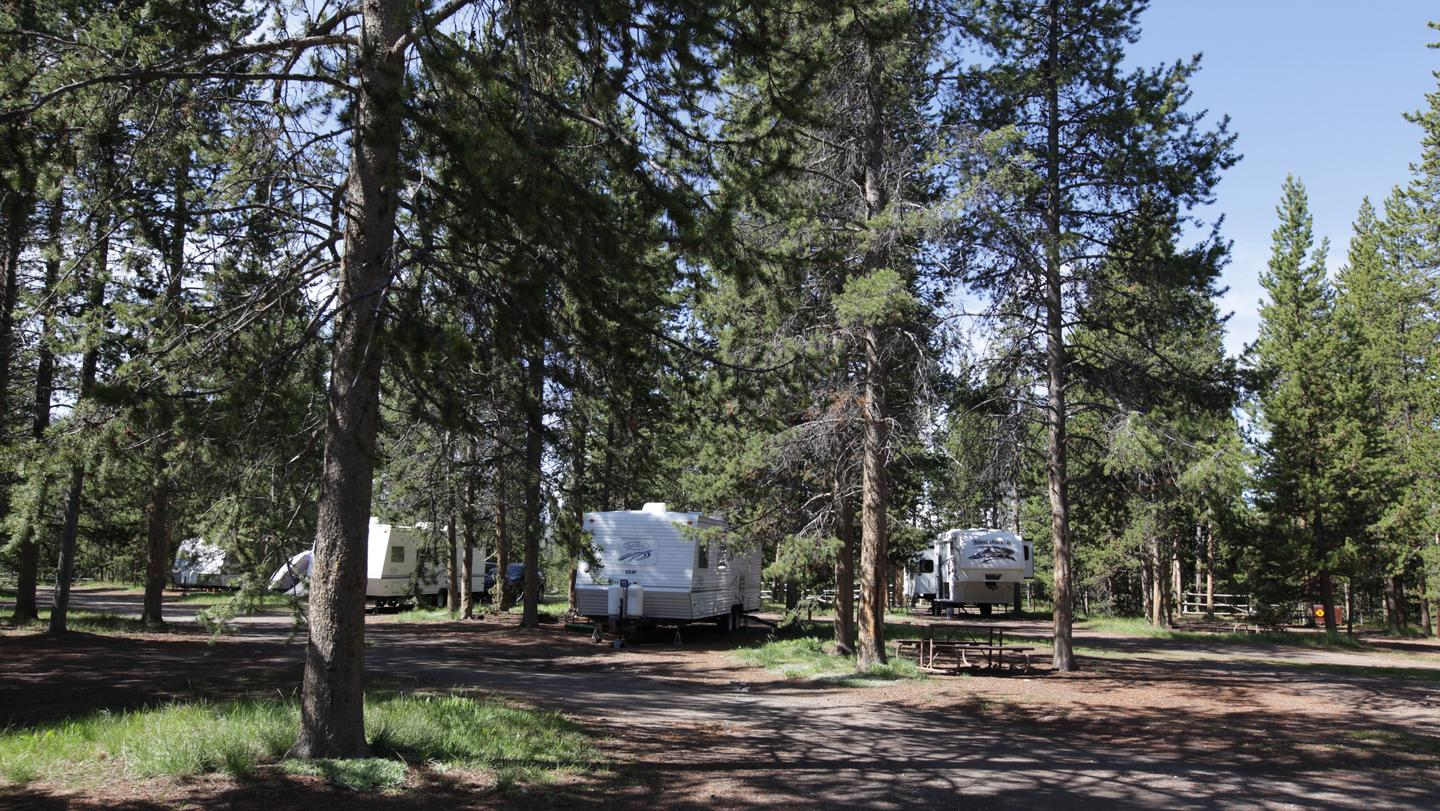 Campsite at HeadwatersThe campground offers 34 tent sites, 97 full-hookup and pull-through RV sites, and 40 Camper Cabins, and is open from June to October.