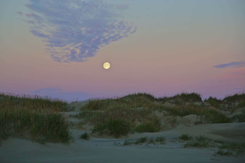Coastal Moon RiseCoastal moon rise