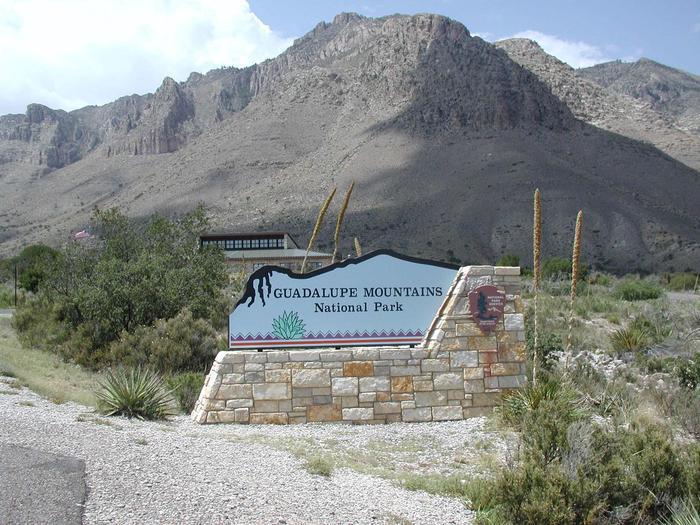 Entrance Sign at Pine SpringsEntering Pine Springs