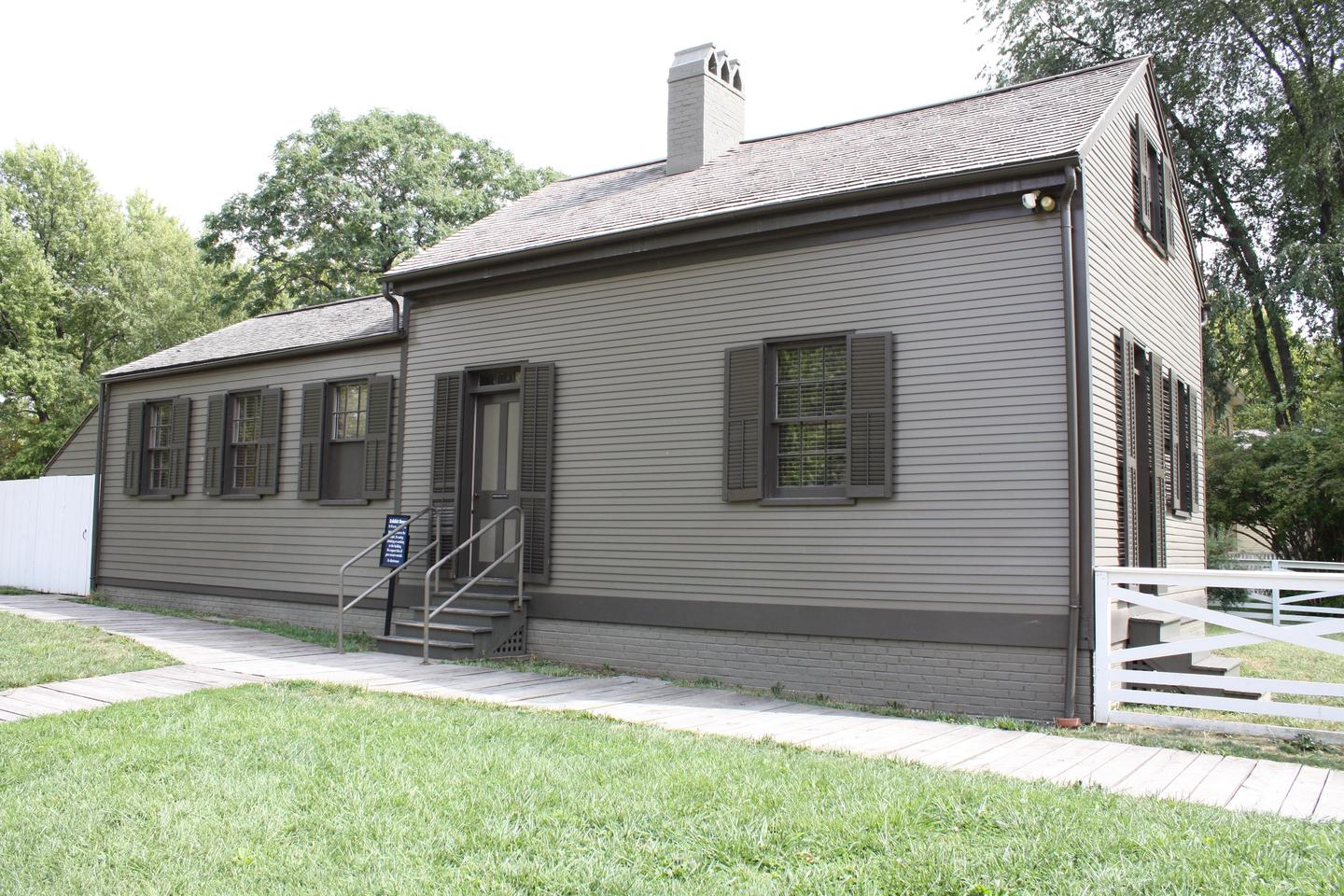 Arnold HouseExhibits in the Arnold House explore historic preservation of the neighborhood