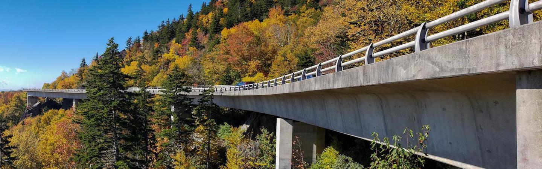 Linn Cove Viaduct in AutumnLinn Cove Viaduct