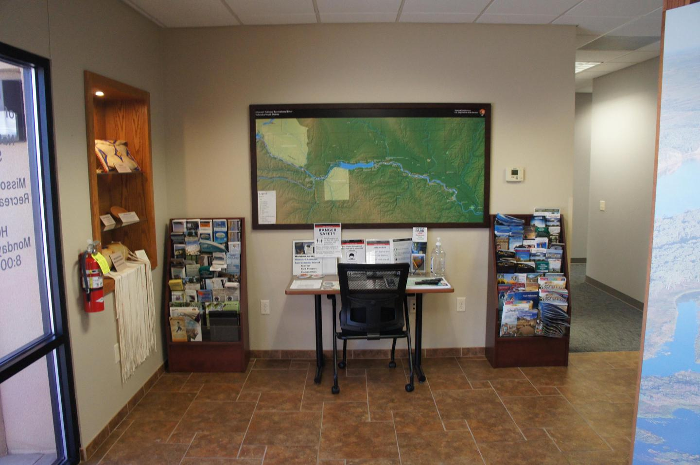 Orientation Map and ExhibitsBegin your visit by checking out the river map and exhibits inside the park's visitor information area inside Park Headquarters.