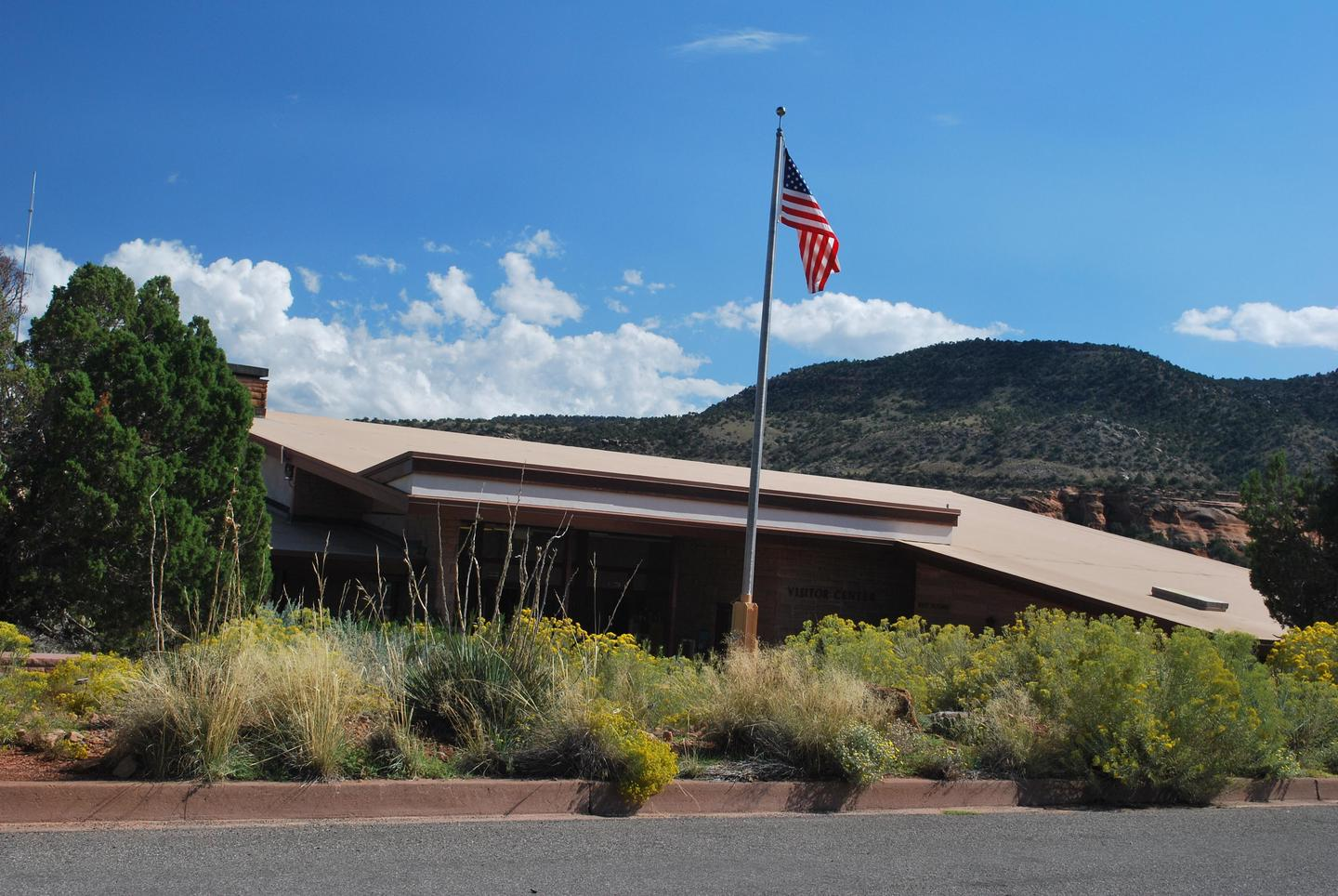 Saddlehorn Visitor CenterSaddlehorn Visitor Center was built in the early 1960s.