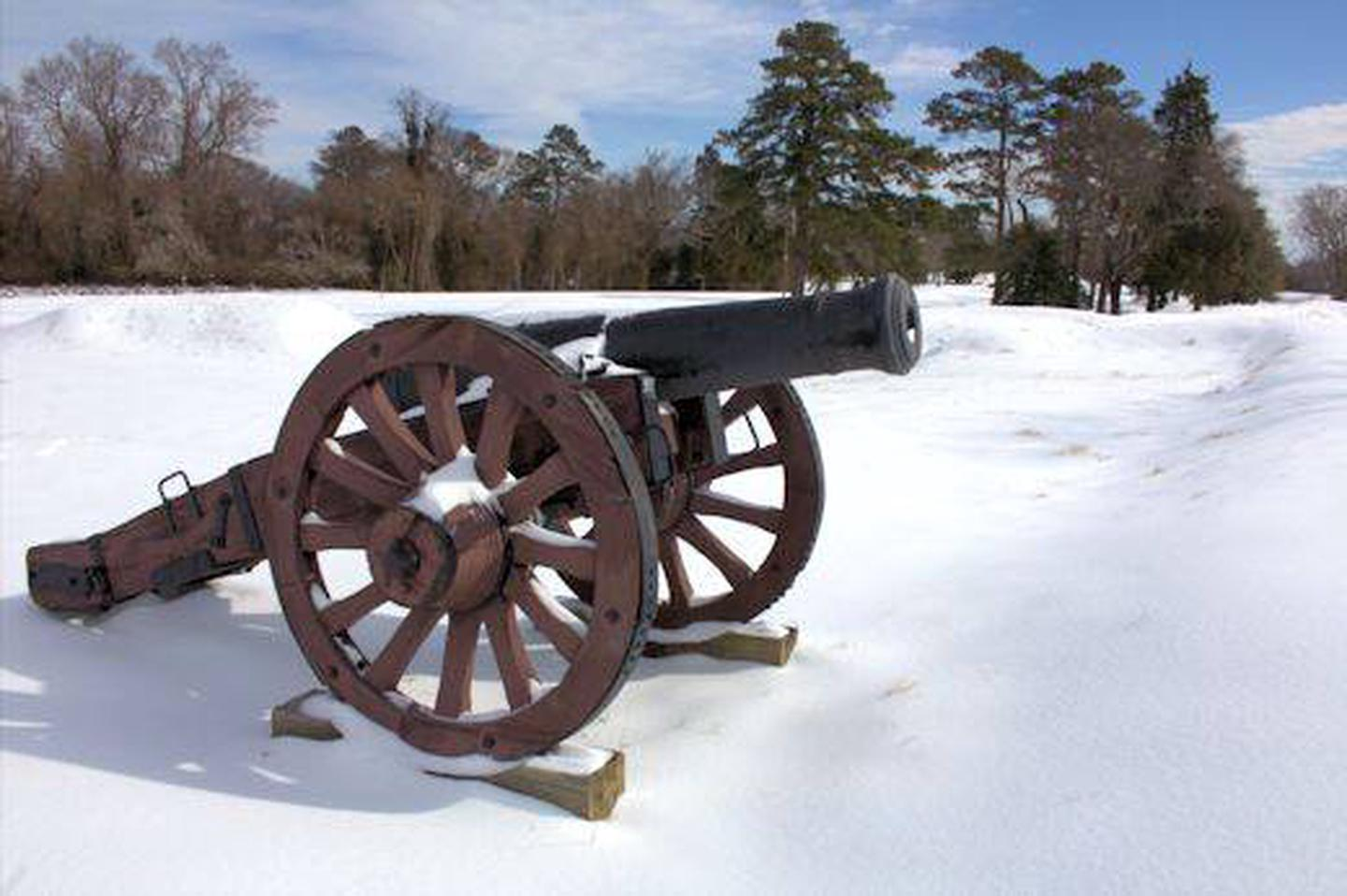 Yorktown BattlefieldReconstructed Revolutionary War Canon in Winter