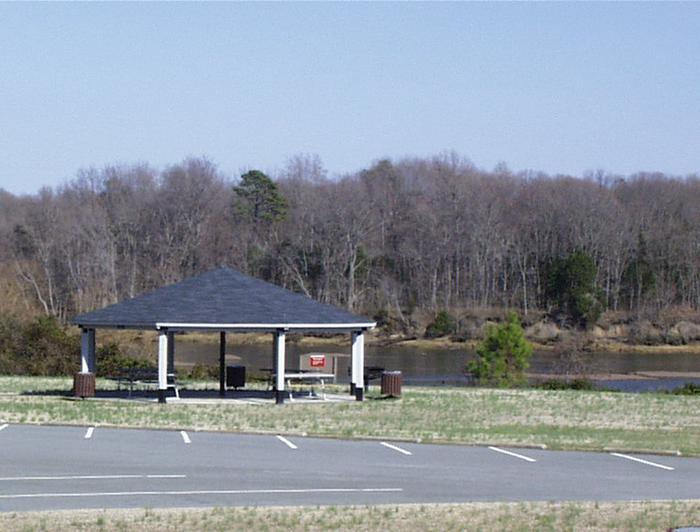 Tailrace ParkWelcome to Tailrace Park! This park is located just below the dam. This is a picture of the picnic shelter that you can reserve. Tailrace Park is also known for its birding and its fishing.