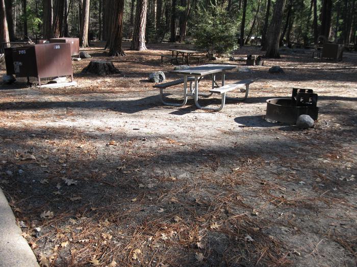 CampsiteCampsite 200