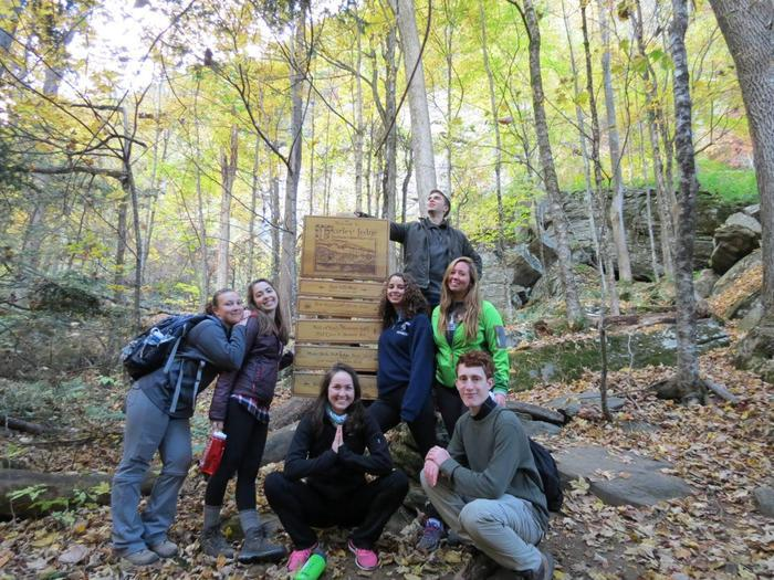 NET College Network RetreatYouth hike to Farley Ledge