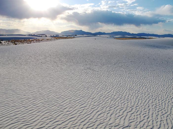 SunsetSunsets are one of the most popular times to visit White Sands. Visitors can experience sunset every day of the year.