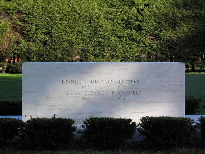 The Marble Headstone Marking Franklin and Eleanor Roosevelt's Burial SiteThe burial site of Franklin and Eleanor Roosevelt in the family rose garden.
