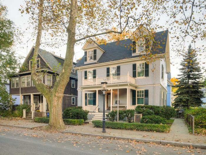 John Fitzgerald Kennedy National Historic SitePhotograph of the birthplace of John F. Kennedy on Beals st. in Brookline, MA