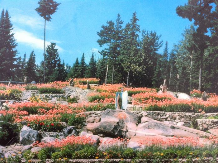 "Historic ""postcard"" view of Ellsworth Rock Gardens.Historic ""postcard"" view of Ellsworth Rock Gardens. Dedicated park staff continually work toward restoring this unique destination site."