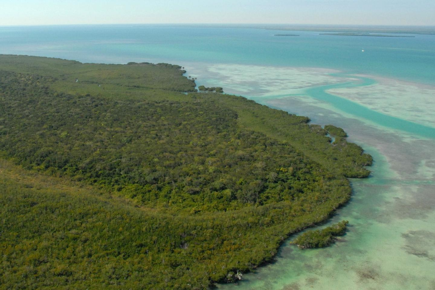 Totten KeyBiscayne National Park includes the northernmost Florida Keys.