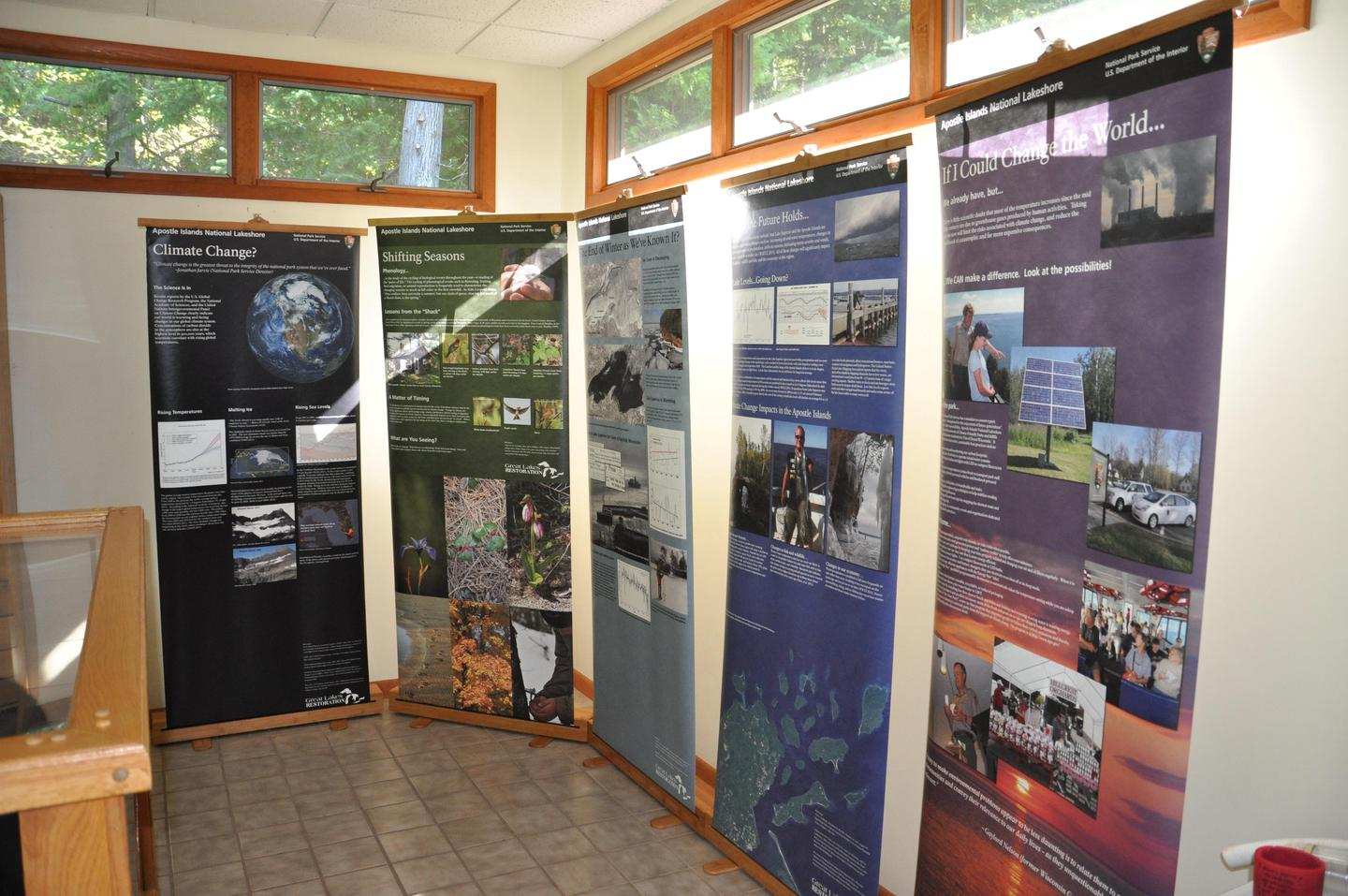 Informational exhibitsLearn more about the park and how you can help protect this special place.