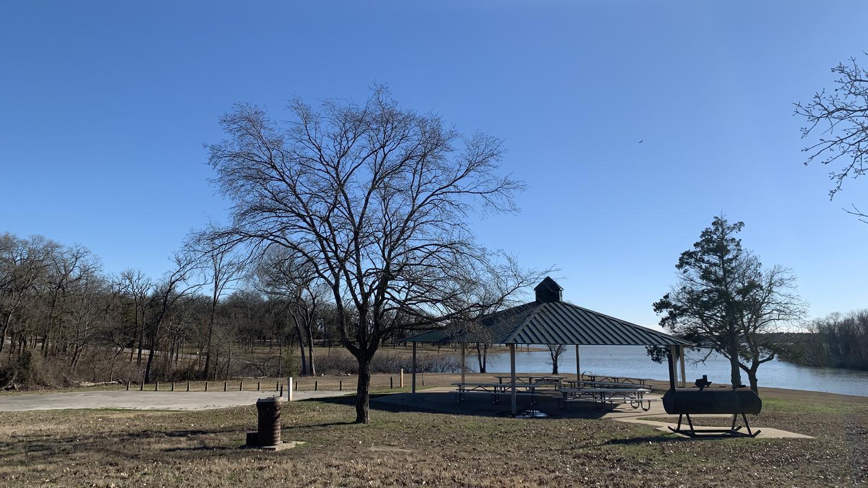 Oak Park (Navarro Mills Lake)Oak Group Shelter