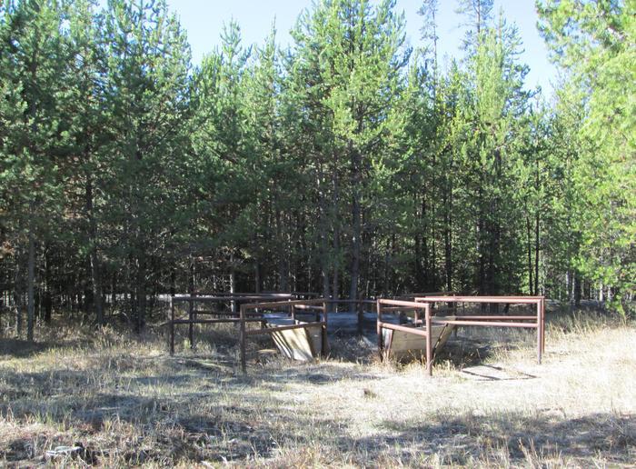 campground stock mangerNFJD Campground stock manger