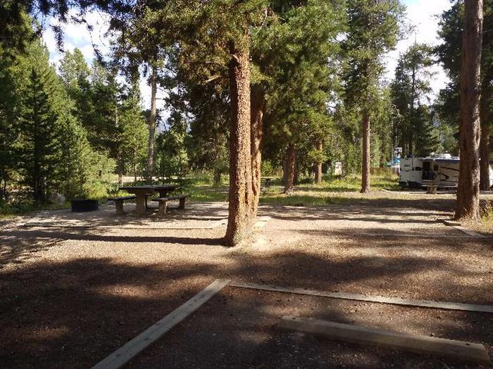 9photo of campsite