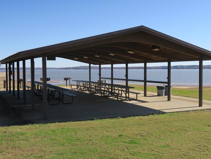 Pavilion 660Picnic Shelter 660