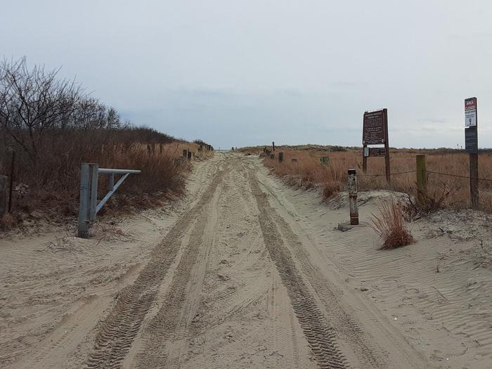 Sand Road to the Breezy Point Tip - PERMIT REQUIRED4 Wheel drive vehicles are best suited for driving on the soft sand