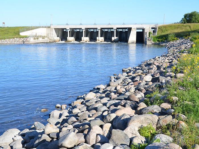 Winnie Dam 2