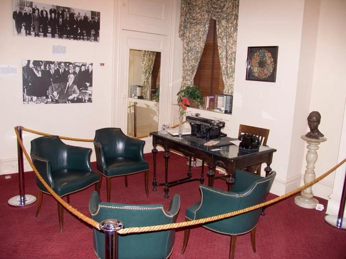 President's OfficeThis room served as the NCNW President's Office where meetings were held and business was conducted.